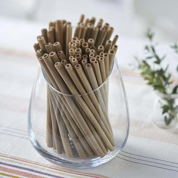 bambussugerør i glas