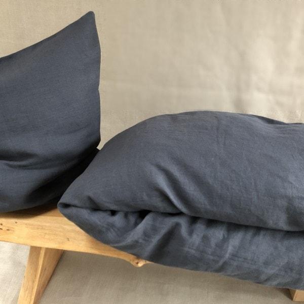 ecoinvent sengetøj asphalt grey på bænk