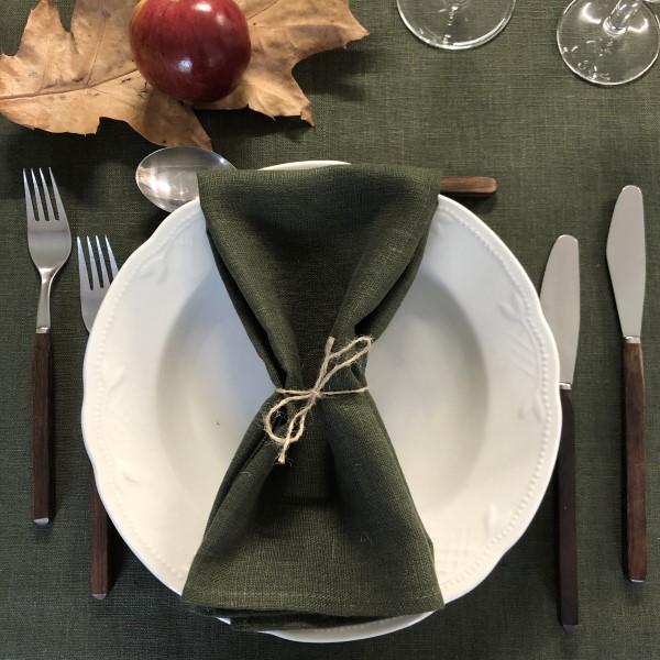 ecoinvent hørserviet leaf foldet på tallerken